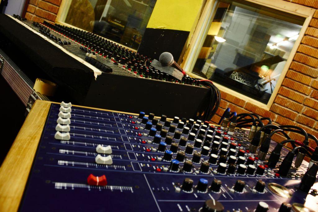 studio Mroš
